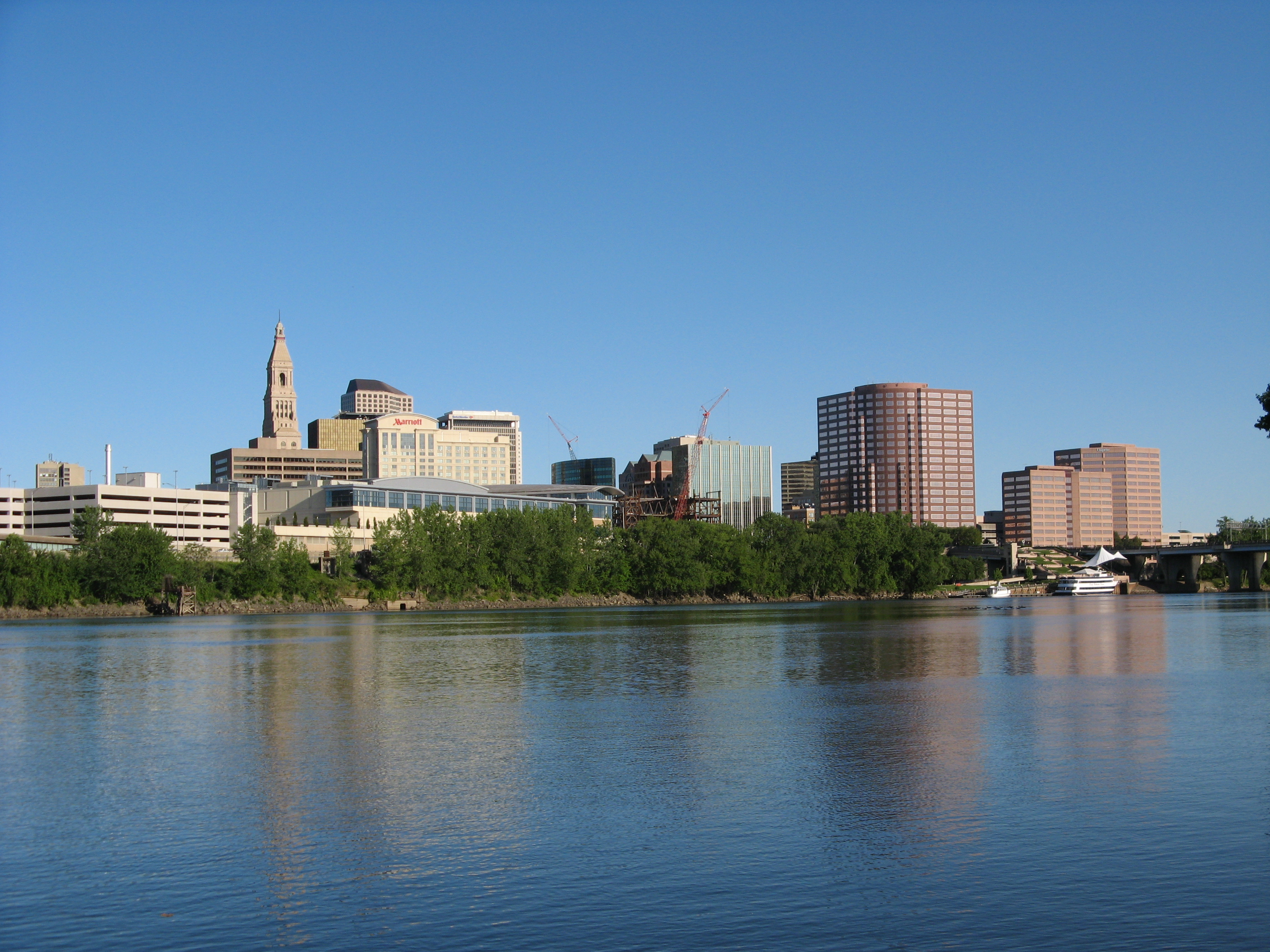 "All business listings submitted with a list of hotels and Resorts, city guides, attractions, restaurants, shopping, tour, SPA and all you need to know.""  Hartford City Guide hartford general view"