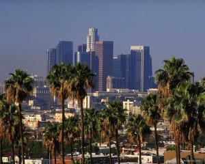 Los Angeles City Guide  Los Angeles City Guide los angeles skyline1