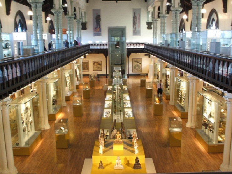 The Hunterian Museum  Glasgow - city guide the hunterian museum