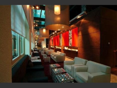 munich guest-lounge-in-the-lobby Bert Haller