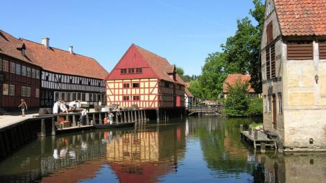 Den Gamle By Museum