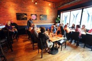 roots, bar, louge, restaurant